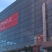 """Oracle Introduces World's First """"Fully Autonomous"""" Database Cloud Service."""